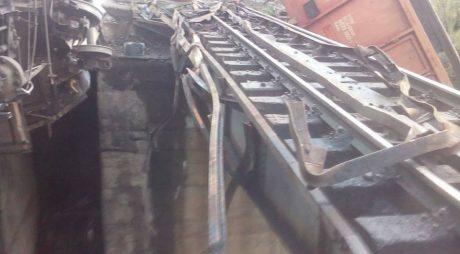 Traficul feroviar a fost reluat între Simeria și Petroșani