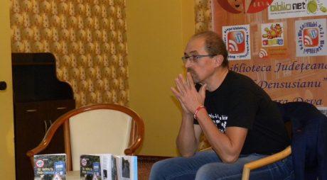 """Lansare de carte   """"Pedalând prin Corsica"""""""
