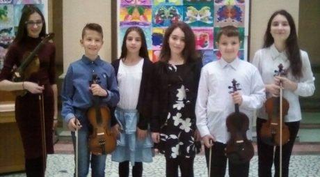 """Noi rezultate pentru elevii Liceului de Arte """"Sigismund Toduţă"""" Deva"""