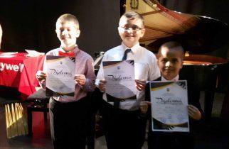 Alți elevi pianiști deveni premiați la un concurs internațional