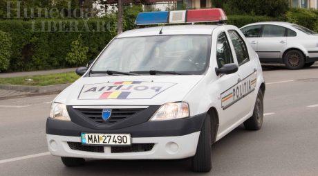 Octogenari păgubiți de falși comercianți ambulanți