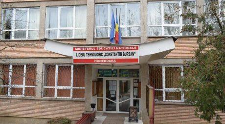 "Liceul Tehnologic ""Constantin Bursan"", 40 de ani"