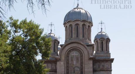 LISTA bisericilor care primesc bani de la Consiliul Județean Hunedoara