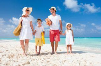 Tichete de vacanță. Românii încă preferă sejururile în străinătate