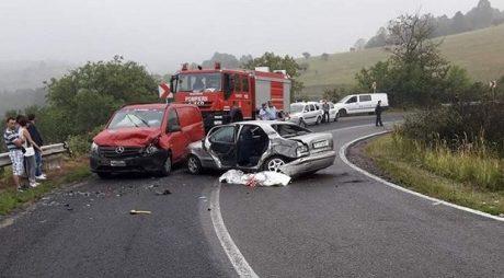 BREAKING NEWS: Accident la ieșirea din Hațeg, pe DN66
