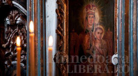 Adormirea Maicii Domnului. Tradiții, superstiții și obiceiuri