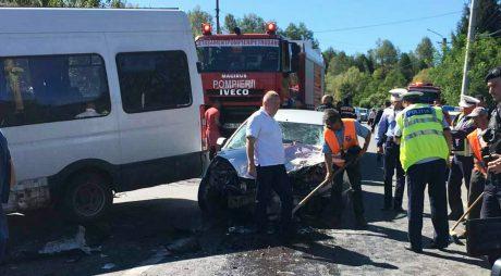 Accident cu 13 răniți în județul Hunedoara. A fost activat Planul ROȘU