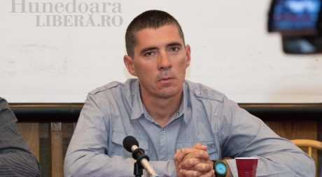 DEVA ALEGE   Lucian Francisco Davidoni (USR)