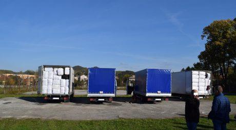 Haine și încălțăminte de 350.000 euro confiscate în județul Hunedoara