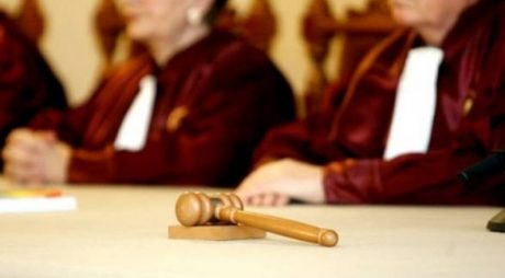 CCR a amânat din nou pronunțarea pe sesizarea privind completurile specializate de la ÎCCJ