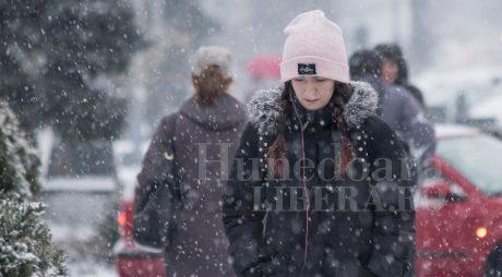 Un val de aer polar ajunge în România. Joi se așteaptă prima ninsoare a sezonului
