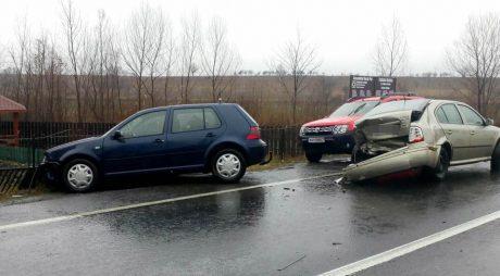 ACCIDENT cu două femei rănite pe șoseaua Simeria-Petroșani