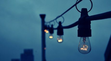 Ce consumatori rămân fără energie electrică