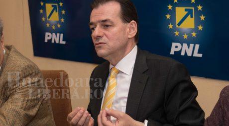 PNL depune moțiunea de cenzură împotriva Guvernului