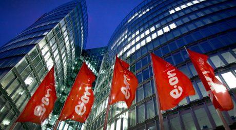 huGO-BildID: 29642237 ARCHIV- Die Zentrale von Eon Ruhrgas in Essen, aufgenommen am Dienstag (13.03.2012). Am Mittwoch veröffentlicht der Energiekonzern Eon die Prognose für das Geschäftsjahr 2013. Foto: Nico Kurth dpa/lnw  +++(c) dpa - Bildfunk+++