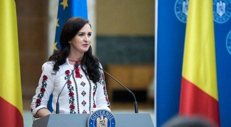 #Centenar | Mesajul Ministrului Românilor de Pretutindeni, Natalia Intotero