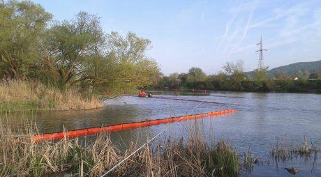 Alertă pe râul Mureș! Autoritățile hunedorene intervin