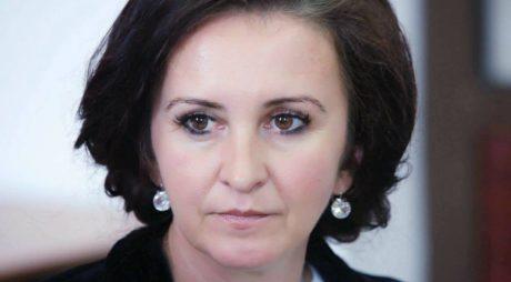Noii miniștri, între care și Natalia Intotero, depun jurământul astăzi