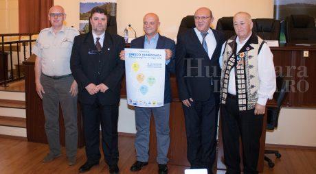 """""""UNESCO Hunedoara – o lume întreagă într-un singur județ"""""""