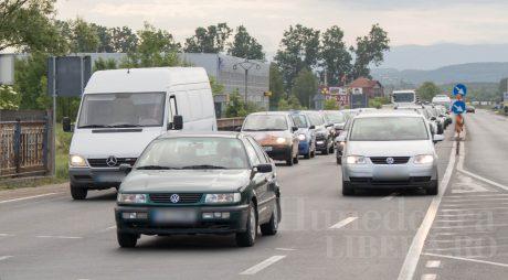 Consiliul Concurenței: Un sfert dintre mașinile aflate în circulație  nu au RCA valabil, pentru că proprietarii au uitat să reînnoiască polița