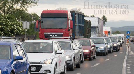 Trafic blocat pe DN7