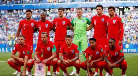 Soccer Football - World Cup - Quarter Final - Sweden vs England - Samara Arena, Samara, Russia - July 7, 2018  England players pose for a team group photo before the match   REUTERS/Lee Smith