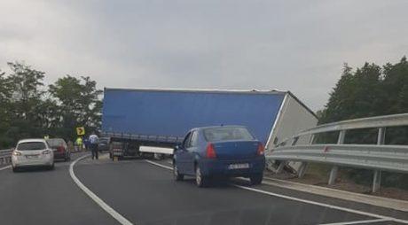 ACCIDENT RUTIER pe șoseaua Deva-Lugoj