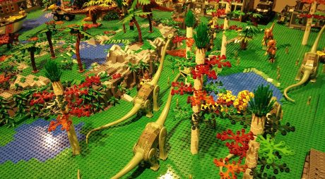 Tărâmul dinozaurilor, recreat din LEGO (R) în Geoparc