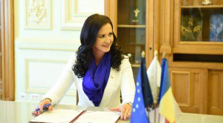 SONDAJ | Cât de mulțumiți sunteți de activitatea deputatului Natalia Intotero (PSD)
