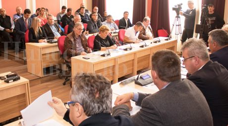Luni, ședință de îndată la Consiliul Local Deva