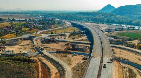 Ce lucrări s-au executat la autostradă