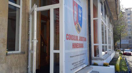 Programul audiențelor la Biroul CJ de la Petroșani