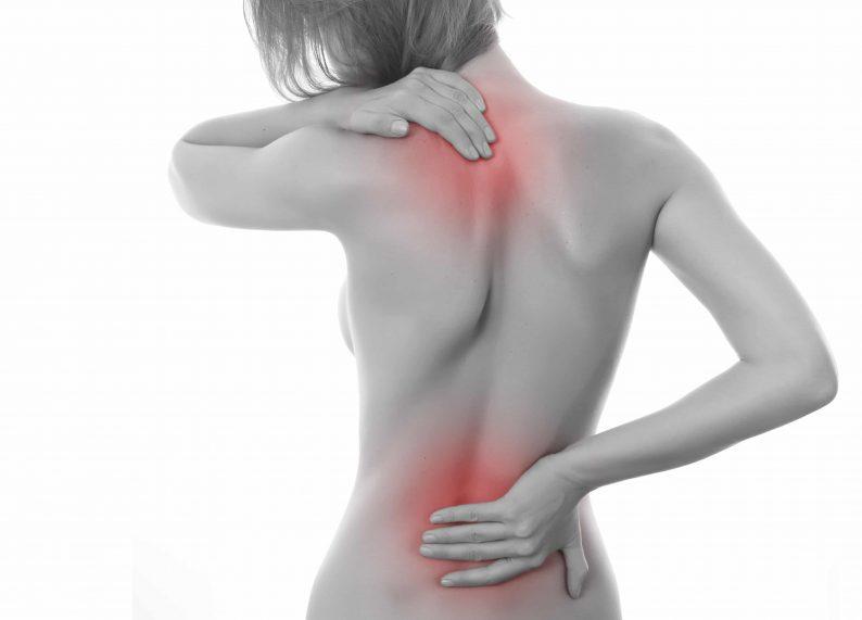 Durere la nivelul spatelui inferior ?i ?olduri in timpul menstrua?iei