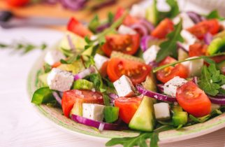 Bacterii rezistente: legume crude și salata, risc pentru sănătate