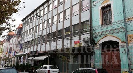 Ce soartă va avea clădirea Cooperativei din centrul istoric al Devei