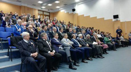 Foştii prefecți şi subprefecți, omagiați în Colegiul Prefectural