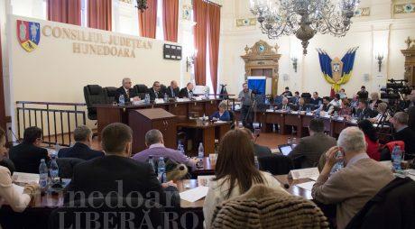 Miercuri, 14 august: Ședință publică extraordinară a Consiliului Județean Hunedoara