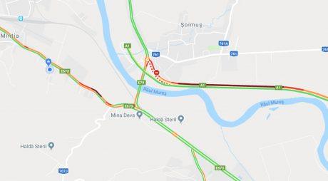 HAOS la ieșirea de pe A1, la Șoimuș. DN7, sufocat de traficul aglomerat (video)