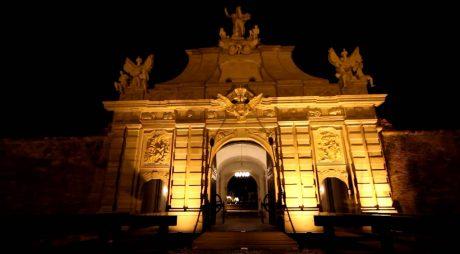 Cetatea de la Alba Iulia VA FI ILUMINATĂ!