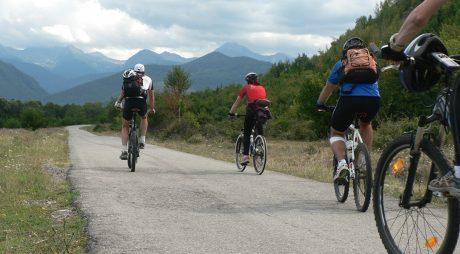 Descoperă Țara Hațegului și Retezatul pe bicicletă!