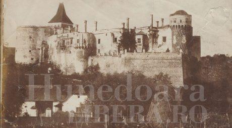 13 aprilie: Incendiul din 1854 de la Castelul Corvinilor