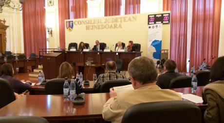 Seminar de informare pentru antreprenori, la CJ Hunedoara