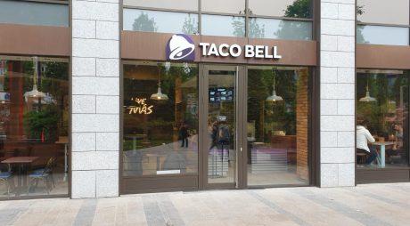 Taco Bell deschide primul restaurant din vestul țării