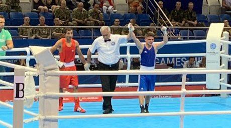 Hunedoreanul Cosmin Gîrleanu boxează astăzi pentru semifinală la JE Minsk!