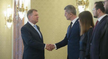 OFICIAL: USR va fi adversarul președintelui Klaus Iohannis la prezidențiale
