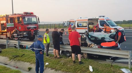 Accident teribil, cu doi morți, în această dimineață! Circula pe contrasens pe autostrada A1