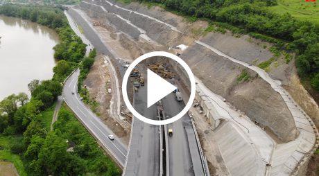 VIDEO: CNAIR a publicat imagini de pe șantierul din zona dealului Șoimuș.