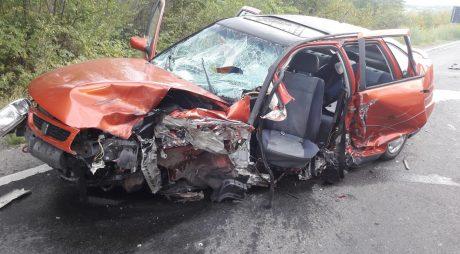Foto accident Câmpuri Surduc – un mort și 3 răniți