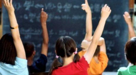 Structura anului şcolar 2020-2021, în dezbatere publică
