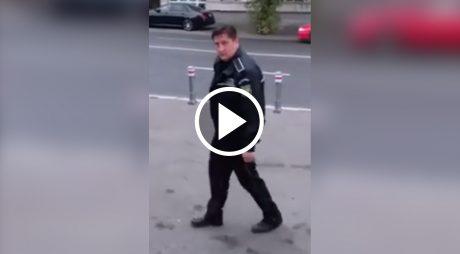 VIDEO VIRAL. Polițist filmat în stare de ebrietate
